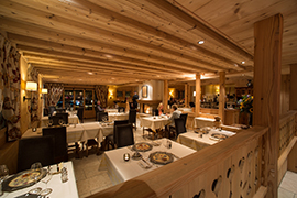 Chesery-Innen-Restaurant-